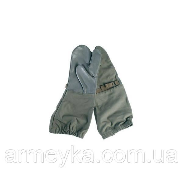 Трехпалые рукавицы  BW, олива. Германия, оригинал.