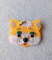 Брошка-украшения для шапок. Котик рыжий из фетра.