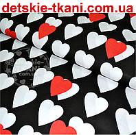 Ткань с белыми и красными сердцами на чёрном фоне № 495а