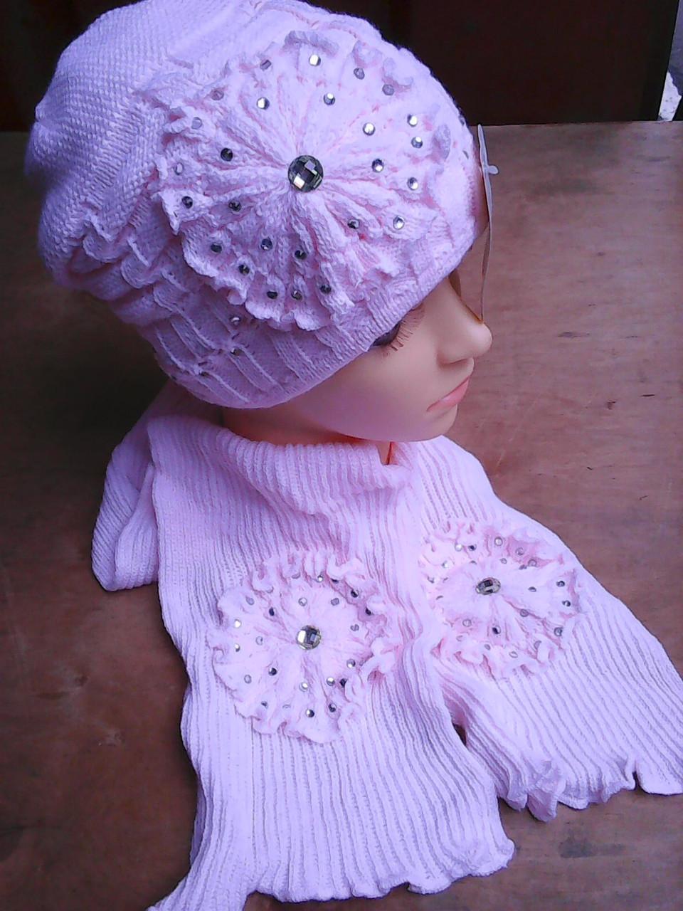 Шапочка зимняя для девочки с шарфиком