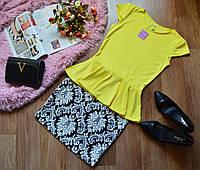 Костюм кофта-баска желтый + юбка принт орнамент