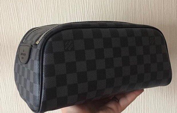 Мужской несессер - косметичка Louis Vuitton King size Toiletry Bag cf5d71b1656