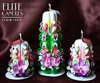 Набор с орхидеями. Нежные резные свечи ручной работы, материал парафин П-2, украшены искуствеными орхидеями
