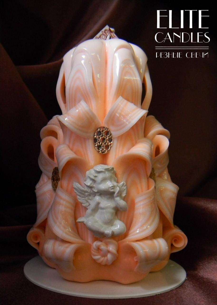 Свеча с ангелочком №3046, красиво украшена бусинками и ангелочком, в комплекте подставка и коробочка