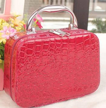 Скринька сумочка жіноча лакова (малинова)