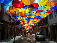 Оформление зонтами летней площадки, террасы