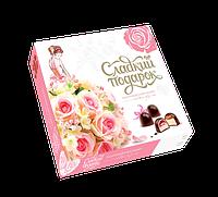 Набор конфет Сладкий подарок розовый