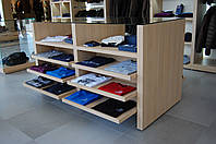 Стойки, столы, гондолы и стеллажи для одежды, фото 1