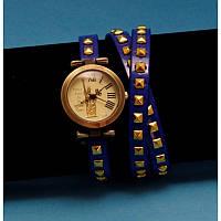 """Женские наручные часы-браслет на кожаном ремешке с заклепками """"Те-Рак"""""""