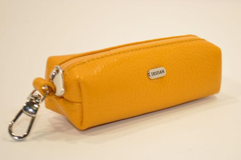 Чехол для ключей кожаный ключница на змейке светло оранжевая Desisan 207 Турция