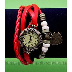"""Женские наручные часы-браслет с бусинами, шнурами и подвесками """"Малин Хед"""", красный"""