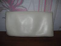 Белый кожаный клатч