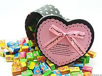 Жевательная жвачка Love is, жвачки лове ис ассорти в подарочной упаковке 30 шт