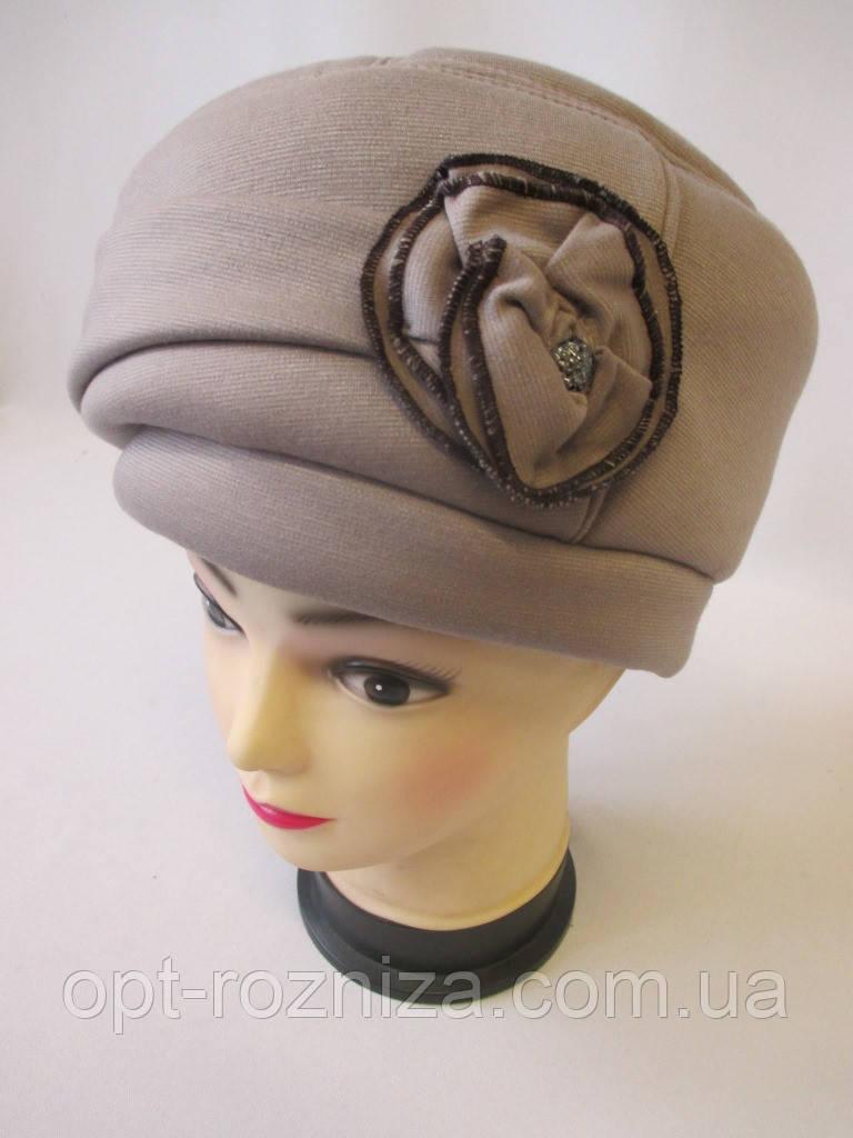 Трикотажные теплые шапки для женщин.
