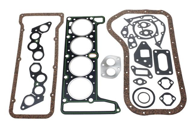 комплект прокладок на двигатель