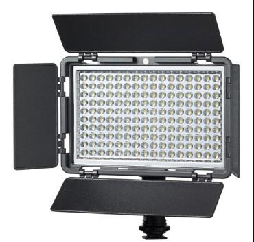 Накамерный LED свет Vibesta VERATA 160 (160LED)