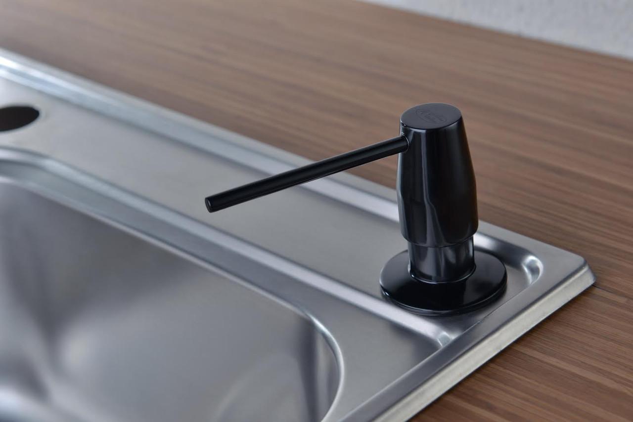 Дозатор моющего средства BLUE WATER черный глянец