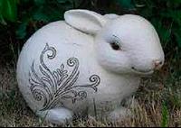 Садовая фигура фигурка Зайчик купить оптом и в розницу садовый и парковый декор декор для дома недорого
