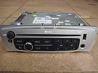 Магнитола CD MP3 USB AUX Меган 3 Сценик 3
