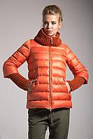 Модный женский пуховик с довязами (оранж), разные цвета