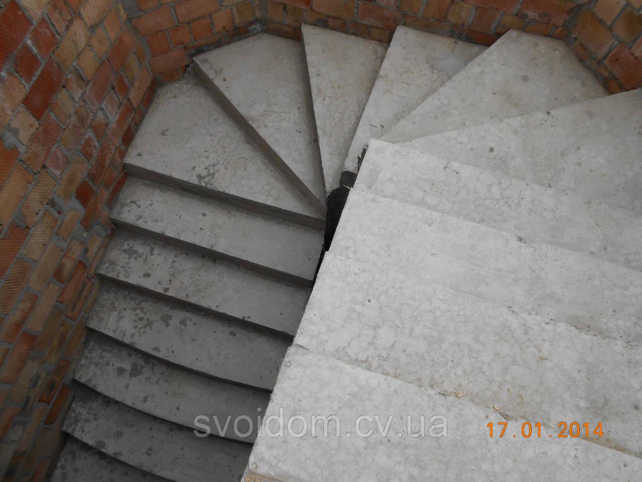 Лестницы бетонные винтовые и прямые