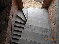 Заливка монолитных железобетонных лестниц винтовых и прямых