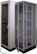 Монтажные шкафы и стойки