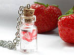 Стеклянные бутылочки для декора