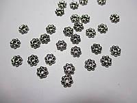 Коралик металевий  5 мм, Квітка мала,  Античне срібло 20 шт.