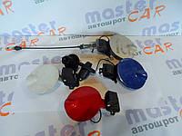 Декоративная крышка люка Fiat Doblo 2000-2009