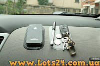 Липкий антискользящий силиконовый коврик - держатель телефона, GPS, ключей в авто (наноковрик) прозрачный