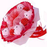 Букет из мягких игрушек Мишки розовые в красном