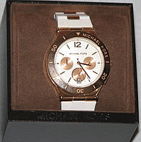 Часы Michael Kors белые в подарочной коробке