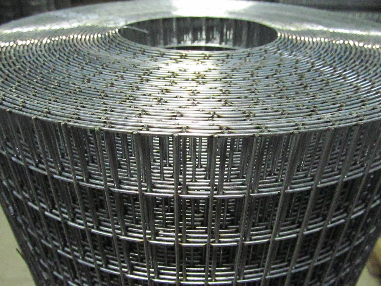 Зварна оцинкована сітка для кліток. Осередок: 25х12,5мм., Ø 1,4 мм, Ширина: 1м.