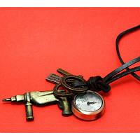 """Женские наручные часы-браслет на кожаных шнурах с крупными подвесками """"Таранна"""", черный"""
