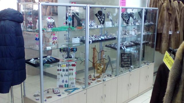 Открытие отдела по продаже украшений с натуральными камнями.