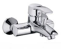 Смеситель для ванны короткий гусак  Haiba Focus 009
