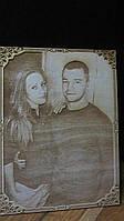 Праздничный сувенир молодоженам портрет по фотографии на фанере, фото 1