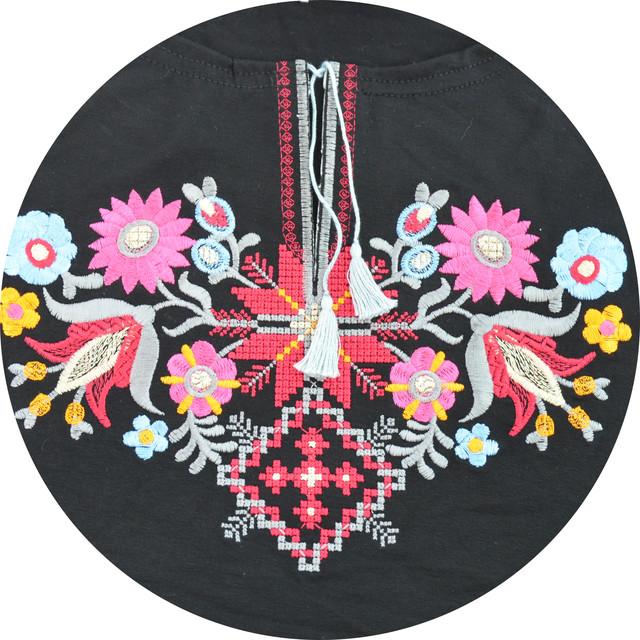 Вышитые женские футболки со скидками на vipdar.com.ua