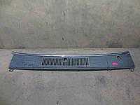Планка под лобовым стеклом Volvo 740 (1983-1992)