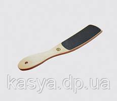 Терка для стоп с деревянной ручкой