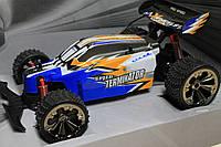 Машина на радиоуправлении 29 см на батарейках,в коробке 41,5-26-19 см