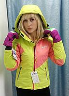 Детская лыжная куртка салатового цвета