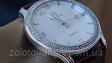 Часы в серебряном корпусе