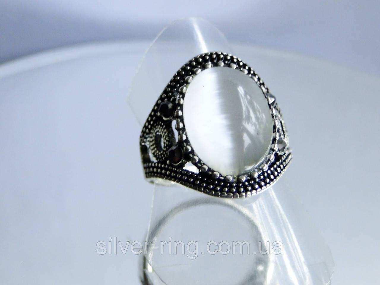 Перстень с кошачьим глазом