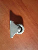 Ролик мебельный серый, с прямым креплением, усиленное (Ф-32 мм)