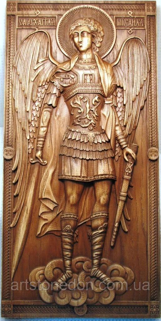 Икона Архангела Михаила резная