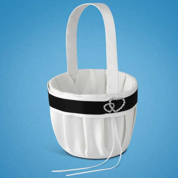 Свадебная корзинка для лепестков роз белая с черной ленточкой