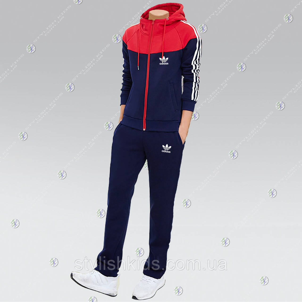 Недорогие спортивные женские костюмы