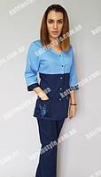 Медицинский костюм с брюками голубого цвета
